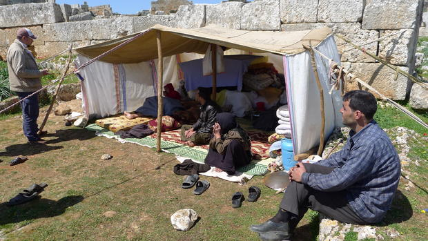 Syrians flee to Roman ruins to dodge bombs