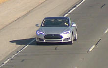 Tesla founder makes big promise to customers