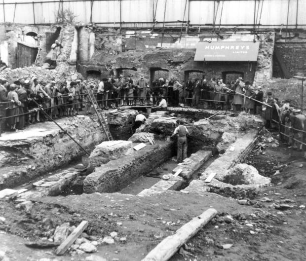 temple_of_mithras_excavation.jpg