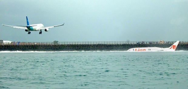 Plane crashes into sea in Bali
