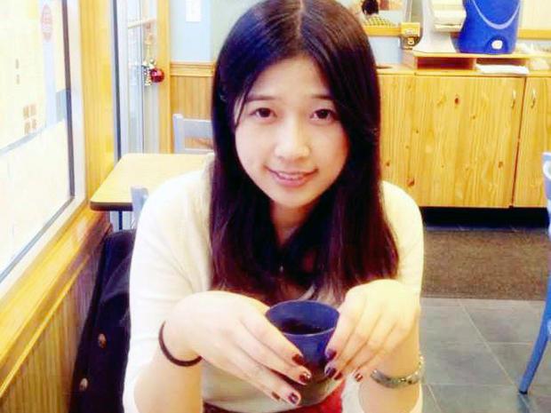 Lu Lingzi559858_483942991669410_1916770215_n_1.jpg