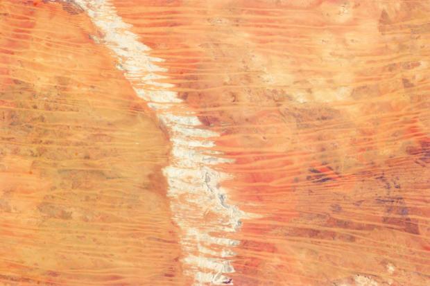 739944main_australia_desert_fromiss_full_full.jpg