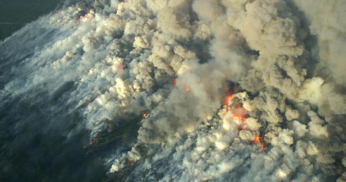 News Massive northwestern - wildfire CBS hits Wisconsin