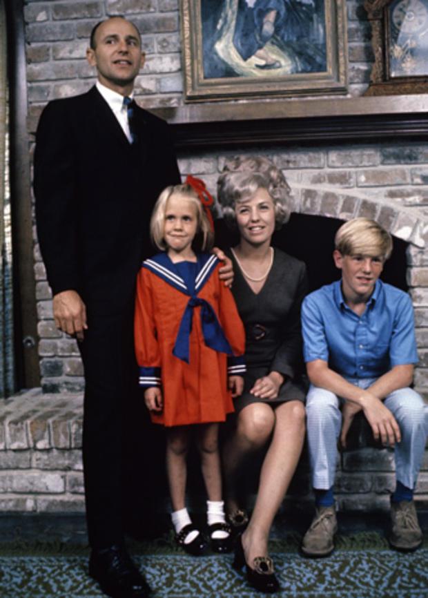 Astro_Beanfamily.jpg