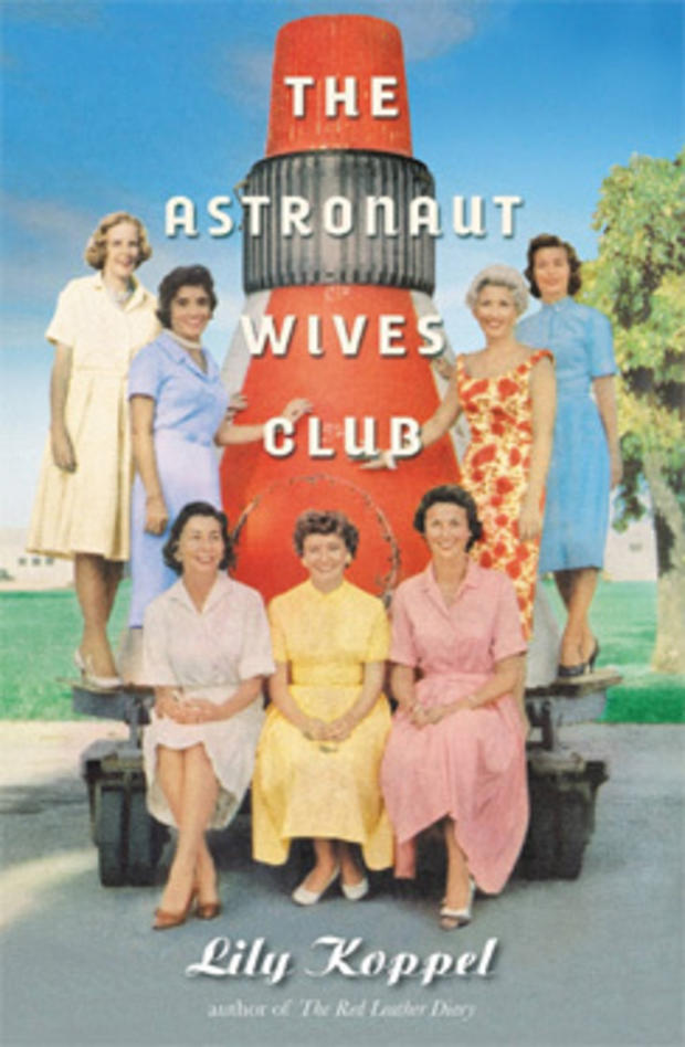 astronautwivesclub_244.jpg