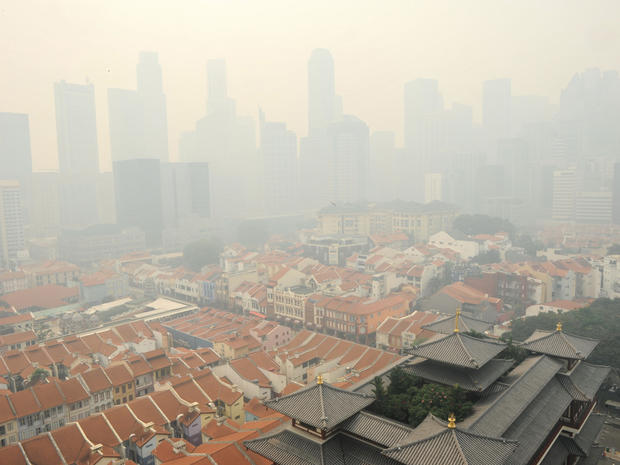 Smog from forest fires chokes Singapore