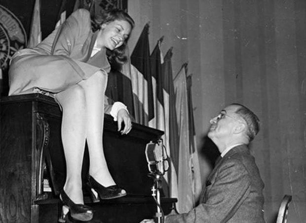 Bacall_Truman.jpg
