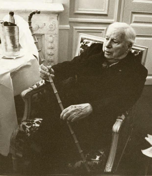 Chaplin_cane.jpg