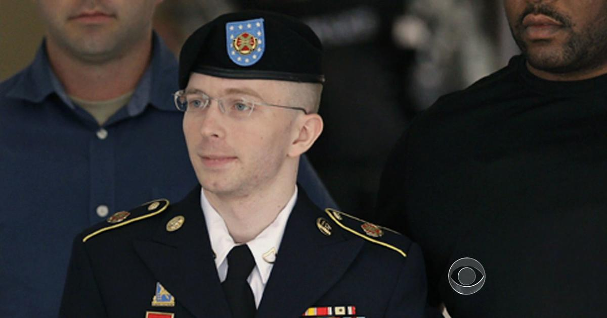 bradley manning The home page thank you, president obama, for commuting chelsea manning's sentence to time served.