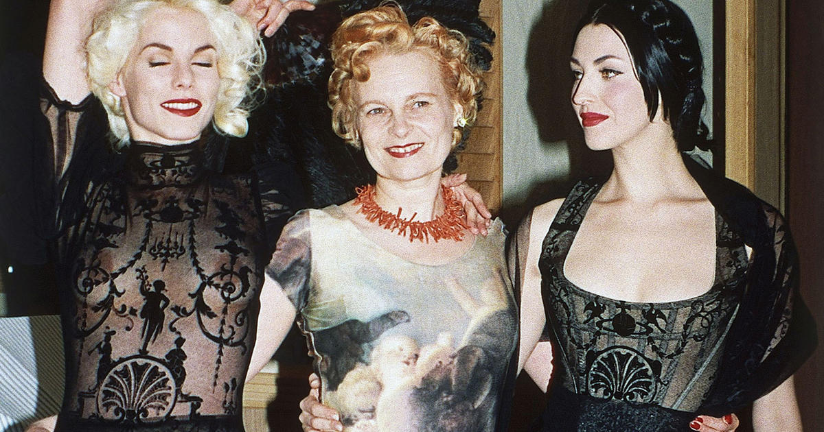 Spring 2001 Collection Punk Stylist Vivienne Westwood Pictures Cbs News