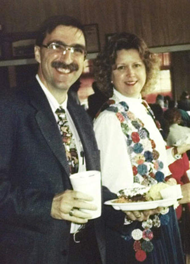 Norman J. Sirnic, 46, and his wife Karen Sirnic, 47, of Weimar, Texas, were bludgeoned to death on May 2, 1999, by a sledgehammer in the parsonage of the United Church of Christ, where Norman Sirnic was a pastor. Worried church members found the couple wh