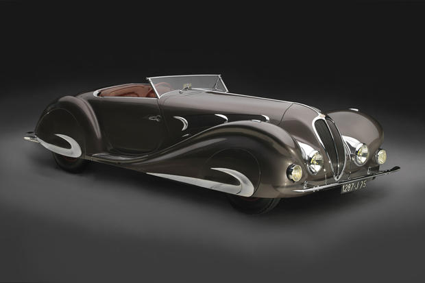 1937_Delahaye_roadster_front.jpg