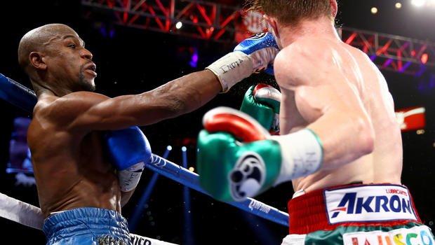 Mayweather vs Canelo: Floyd Mayweather puts on dominating display in ...