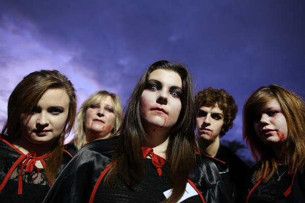 Vampires gather to break record