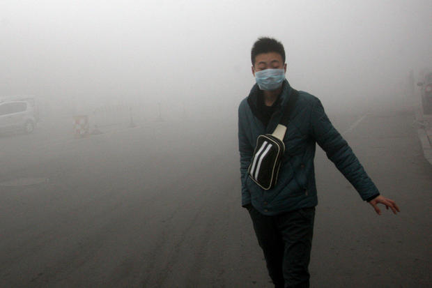 Smoggy fog envelops China