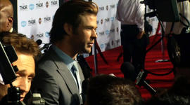 Chris Hemsworth's co-stars gush about the Hollywood heartthrob