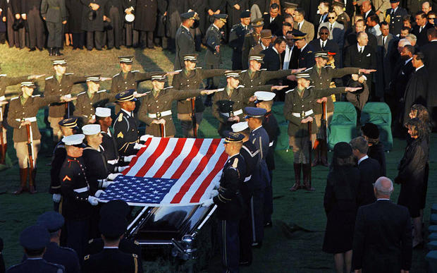 jfk_irish_salute_AP462932457355.jpg
