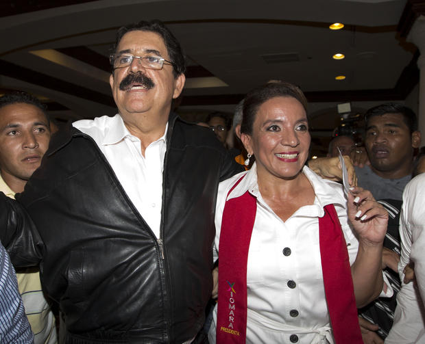 Free Party presidential candidate Xiomara Castro, right, and her husband, ousted President Manuel Zelaya