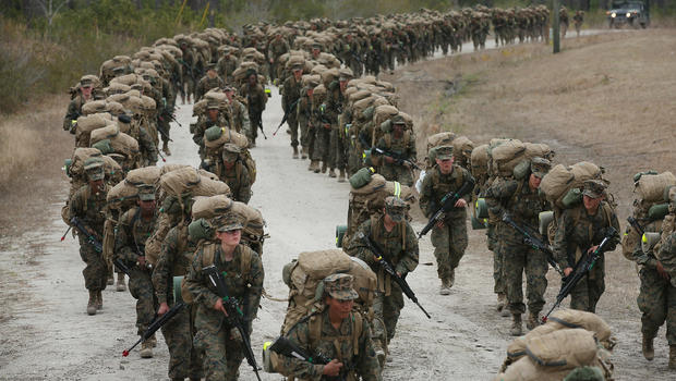 Female Marines To Sleep Next To Males In Field Cbs News
