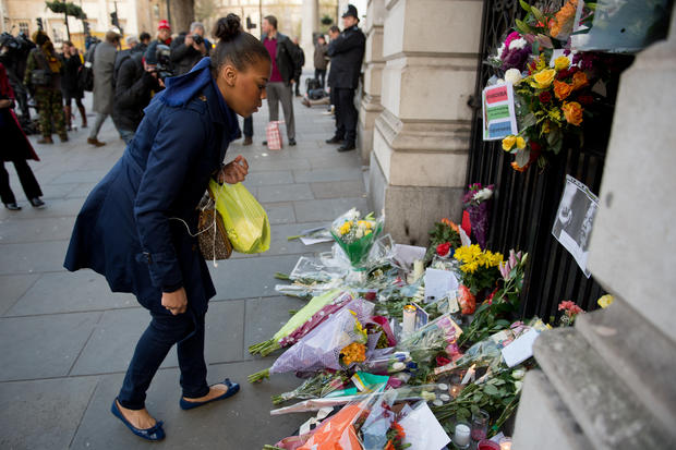 Mandela mourning