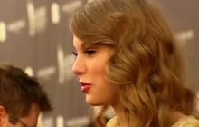 Taylor Swift named most charitable star of 2013