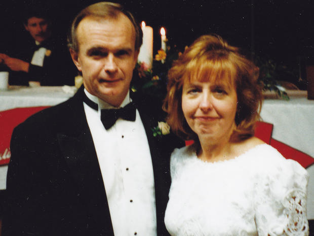 In 1999, Schirmer's first wife, Jewel, died after falling down a flight of stairs.