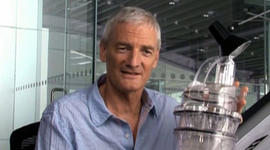 How did James Dyson re-design the vacuum?