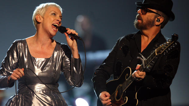 """Annie Lennox and Dave Stewart of the Eurythmics perform at """"The Night that Changed America: A Grammy Salute to the Beatles,"""" Jan. 27, 2014, in Los Angeles."""