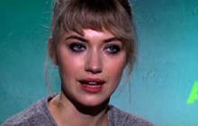 "Imogen Poots has fun with the boys in ""That Awkward Moment"""