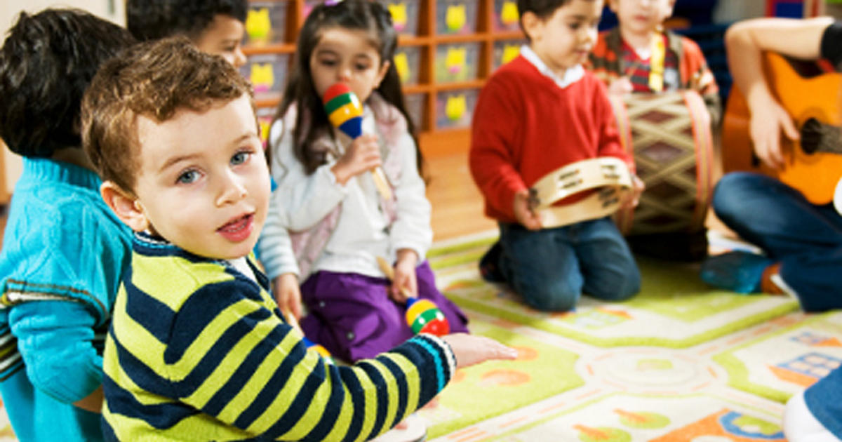 Speaking to babies in long sentences boosts language development