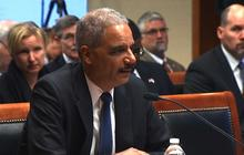 Eric Holder voices support for changing drug sentencing laws