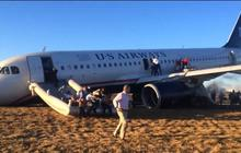 Raw: Passengers evacuate US Airways jet