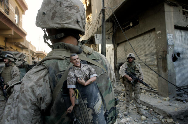 2ad6f283513 Iraq - Anja Niedringhaus: Photographer's visual legacy - Pictures - CBS News