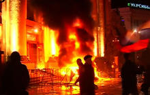 Pro-Russian crowds try to control Eastern Ukraine
