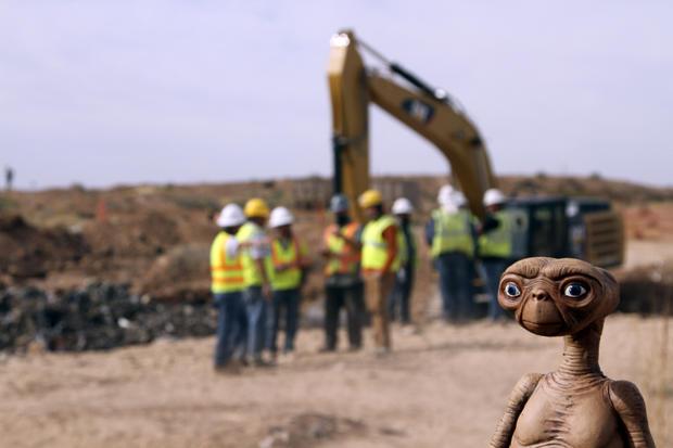 E.T. landfill dig