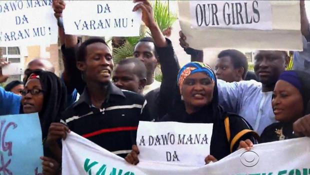 nigeria-girls-parents-protest.jpg