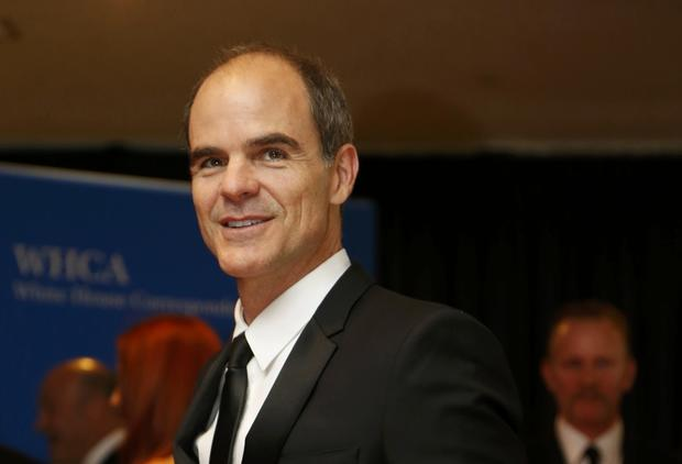 Actor Michael Kelly arrives on the red carpet at the annual White House Correspondents' Association dinner in Washington May 3, 2014.