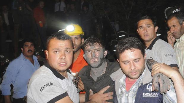 Turkey coal mine disaster kills hundreds