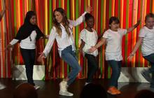 Sarah Jessica Parker performs in kids' White House talent show