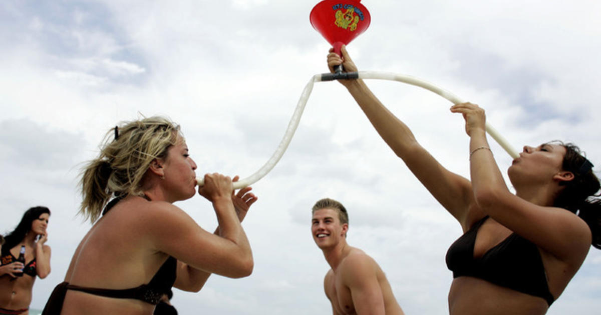 Teenagers Do Dumb Things But There Are >> Why Teenage Boys Do Stupid Things Cbs News
