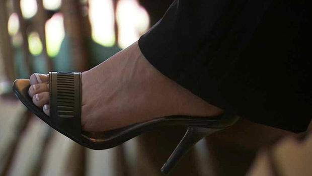Arizona Realtors Bothered By Man With Foot Fetish, Report -6824