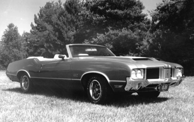 convertibles-1971-oldsmobile-442-convertible-ap.jpg