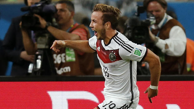 goetze-action.jpg