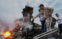 Efforts to secure MH17 crash site aggravated by rebel authorities