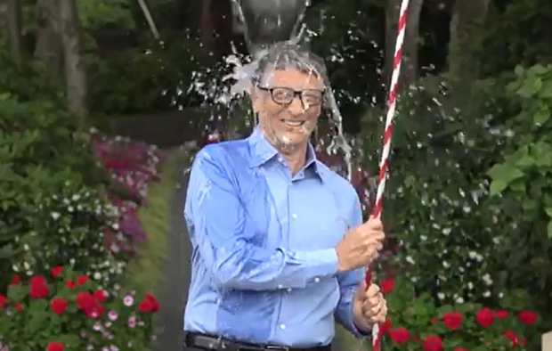 Stars take part in ALS Ice Bucket Challenge