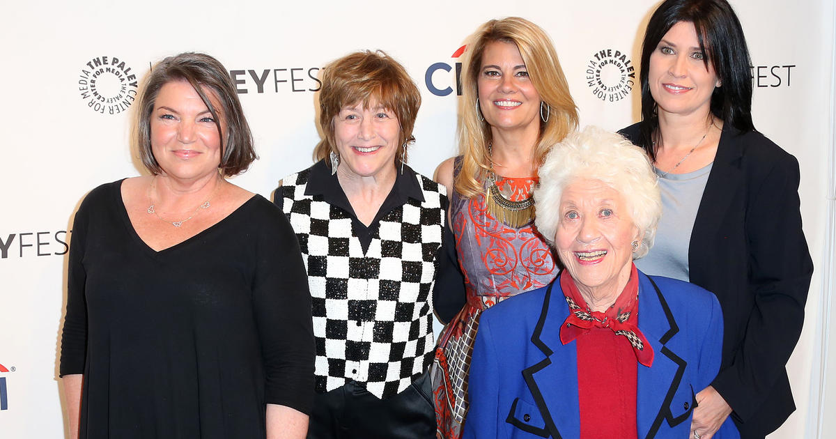 Quot The Facts Of Life Quot Cast Members Reunite Cbs News