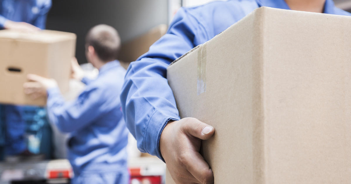 How not to get stung by a relocation contract - CBS News