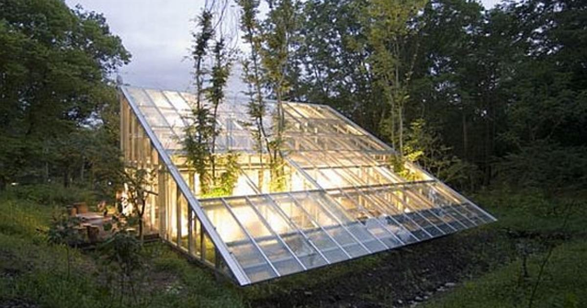 5 greenhouses that are actually homes cbs news for Greenhouse floor plan