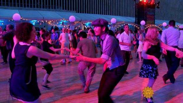 swing-dancing-2-620.jpg