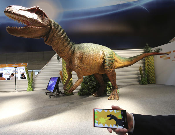 Dino robots and other wonders at CEATEC 2014